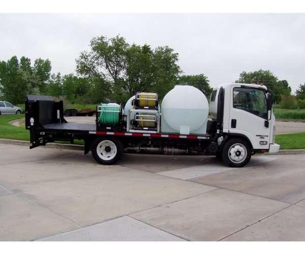 Custom Cab Over Long Flatbed Spray Truck