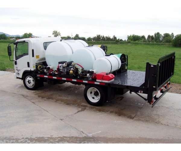 Custom Cab-Over Long Flatbed Spray Truck