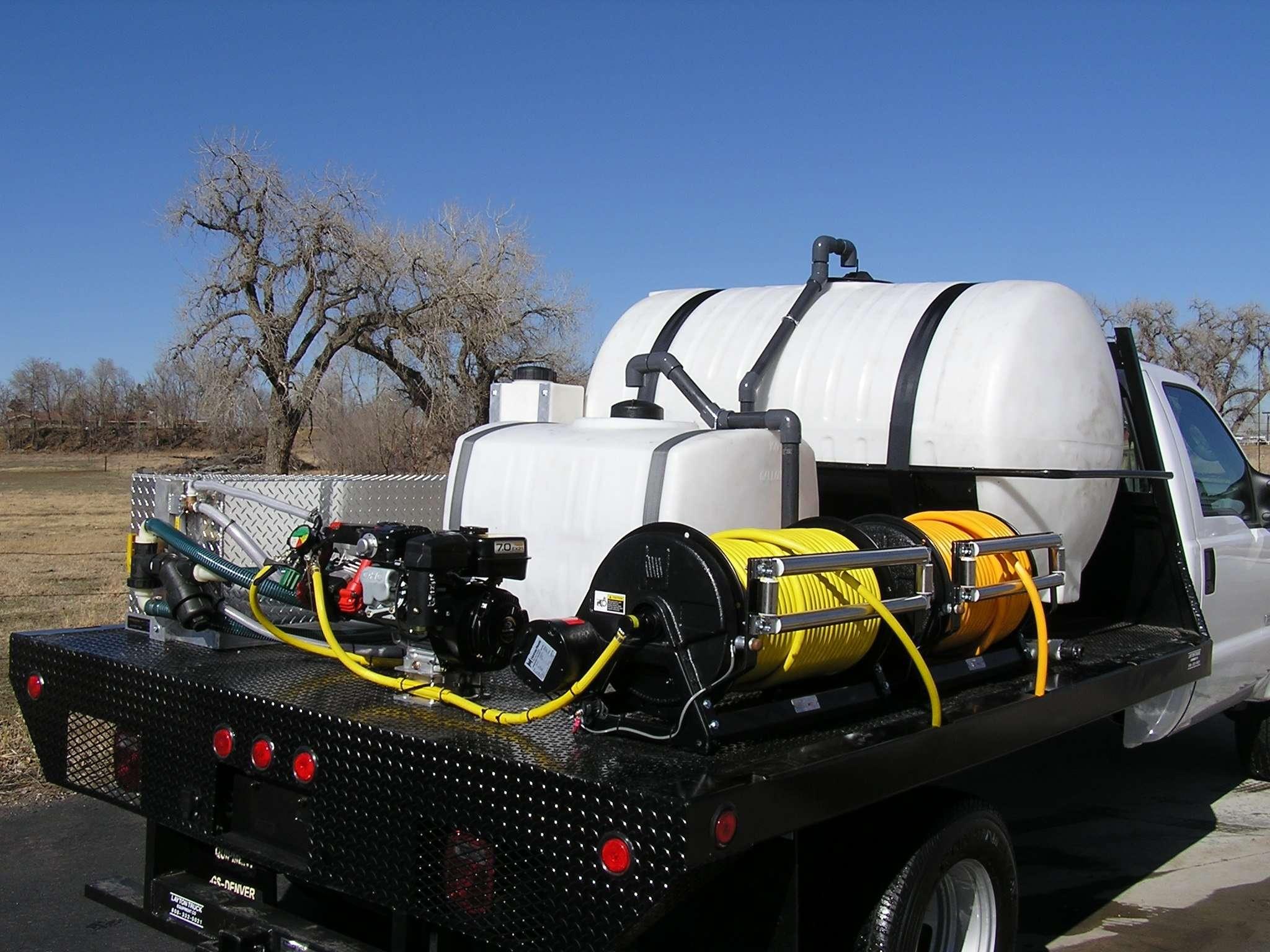 Custom Flatbed Spray Truck